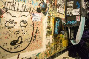 Toilet_Wall